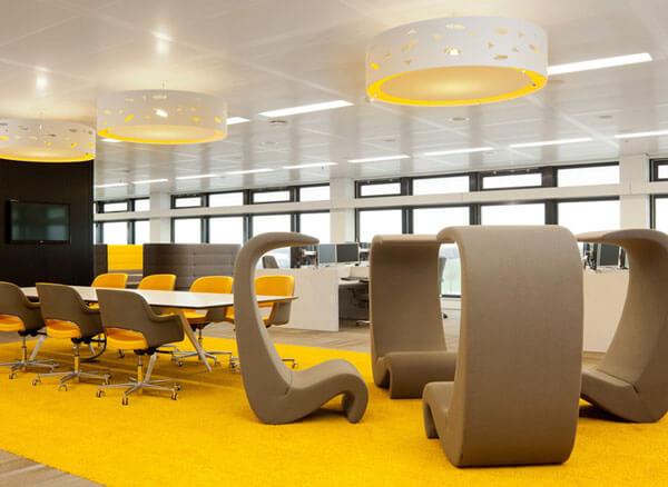Moderne inrichting kantoor